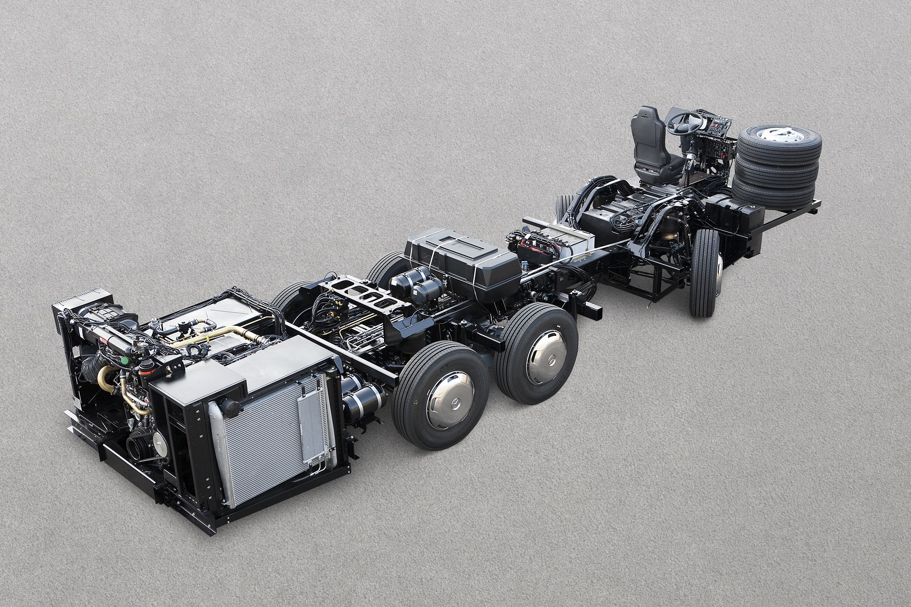 Mercedes Benz Buses Completes Its Range Of Chassis In Euro