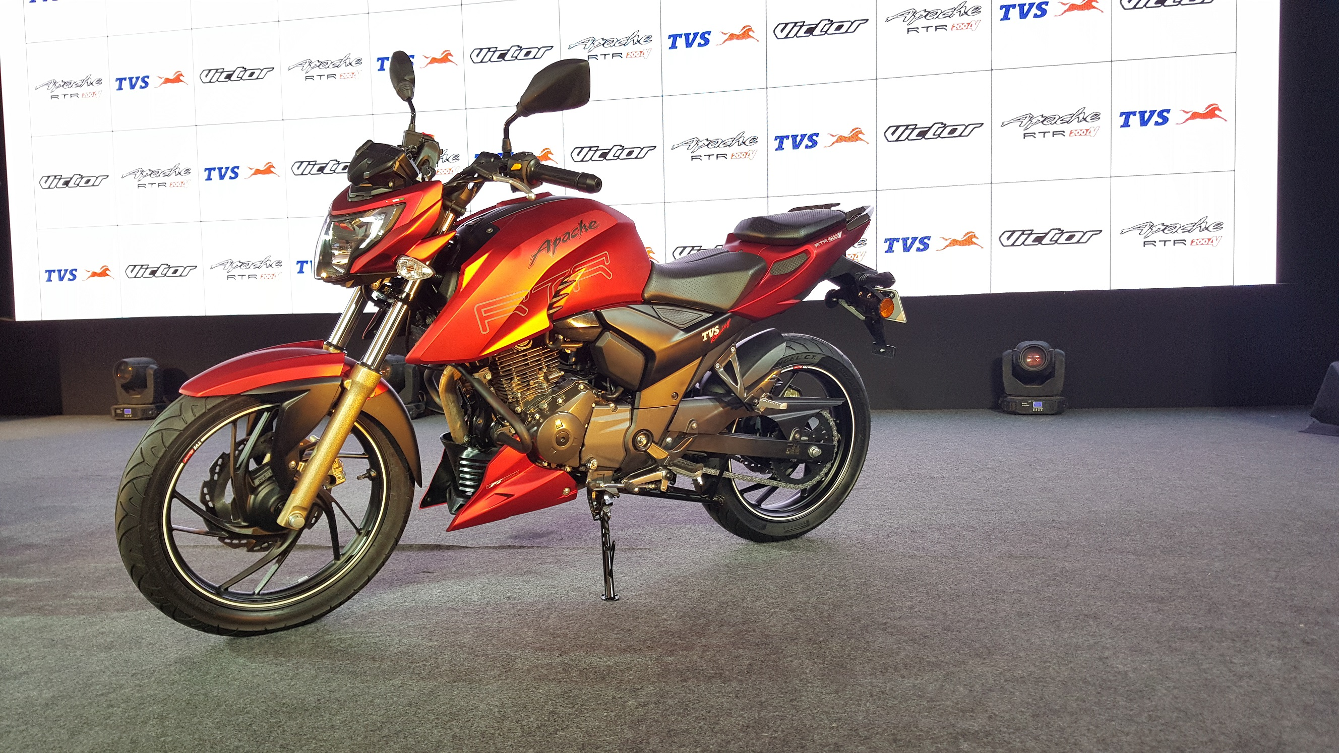 TVS Motor rolls out new Apache 200 & Victor - Auto