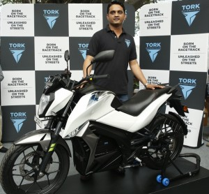 tork-unveils-t6x-electric-motorcycle-at-rs-1-25-lakh