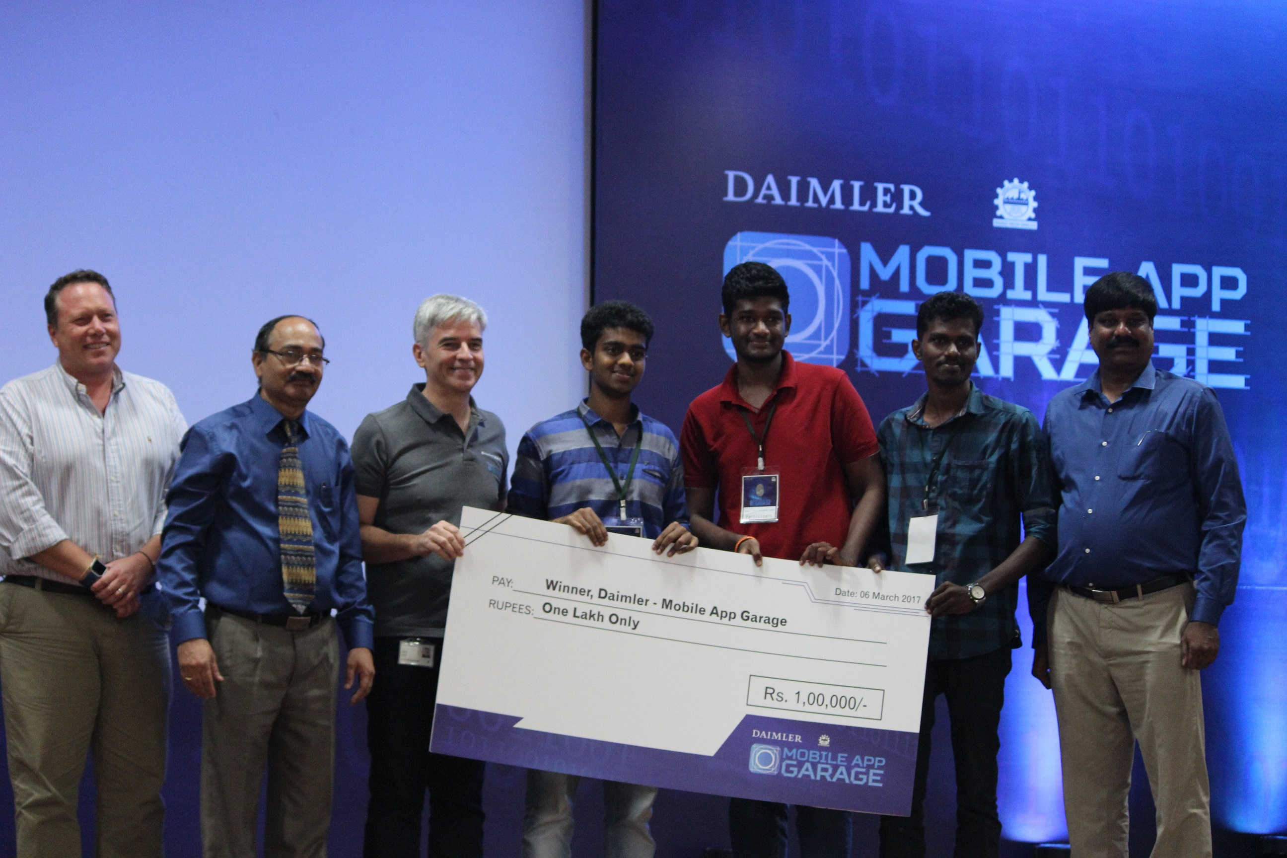 daimler and anna university celebrate innovation with. Black Bedroom Furniture Sets. Home Design Ideas