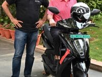 Dr. Pawan Munjal Receives The First Ather 450x